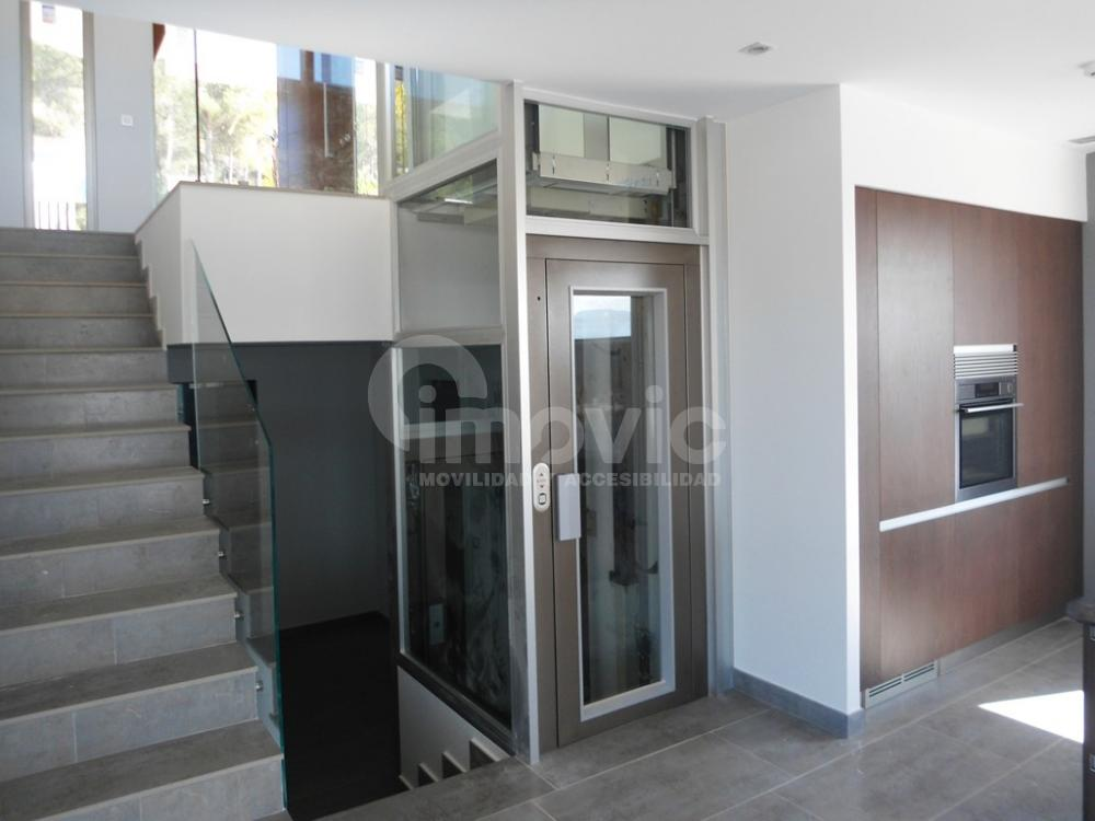 Ascensores o elevadores. ¿Cuál se adapta mejor a tu negocio o vivienda?