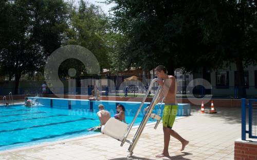 Silla elevadora piscinas