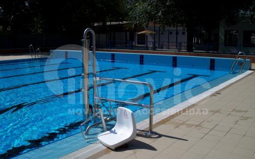 Silla elevadora piscina