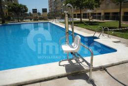 Elevador de piscina discapacitados