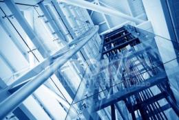 Los montacargas y ascensores: diferencias y similitudes